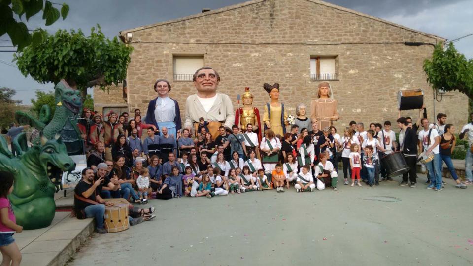 04.06.2016 3r  aniversari de la colla Ball de Bastons de Sedó  Sedó -  Centre Social de Sedó i Riber