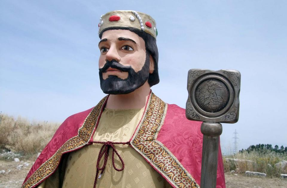 El nou gegant 'Lo Sinyor Cavaller d'Alta-riba' - Alta-riba