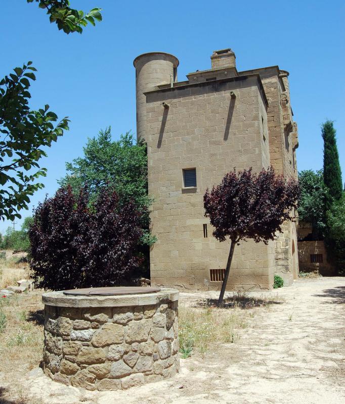 Castell de molí de Ratera - Autor Ramon Sunyer (2016)