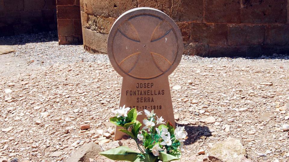 24.06.2016 Esteles funeràries  Pelagalls -  Ramon Sunyer