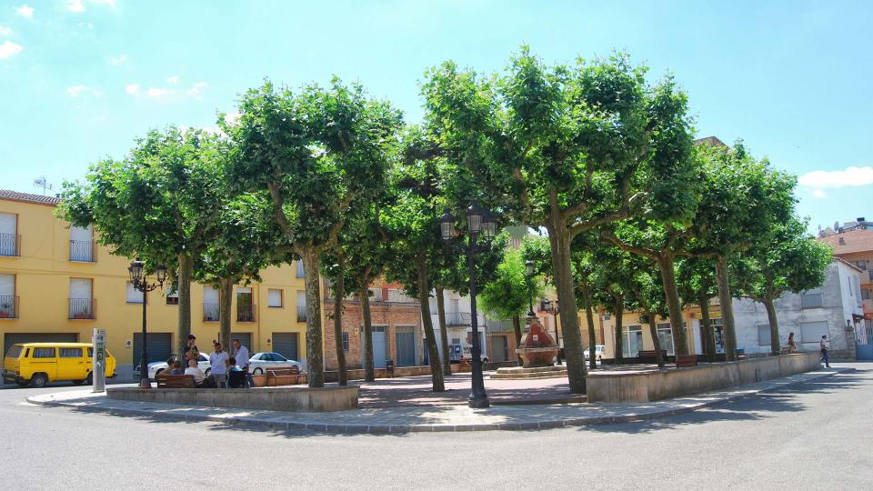 10.07.2016 Plaça del Doctor Perelló  Sant Guim de Freixenet -  Ramon Sunyer