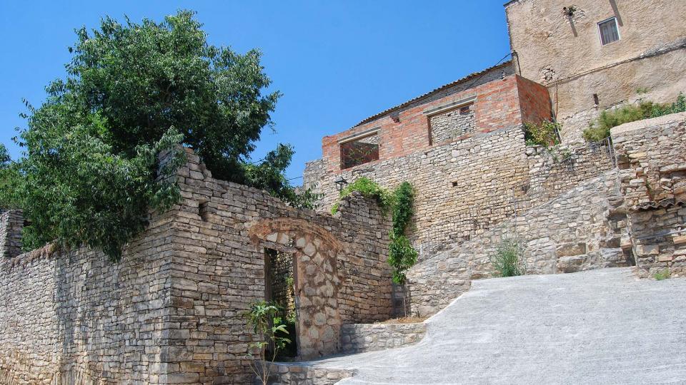 Castillo de Santa Maria - Autor Ramon Sunyer (2016)