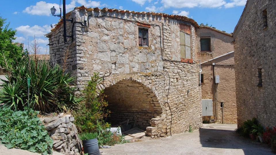 10.07.2016 carrer  El Castell de Santa Maria -  Ramon Sunyer