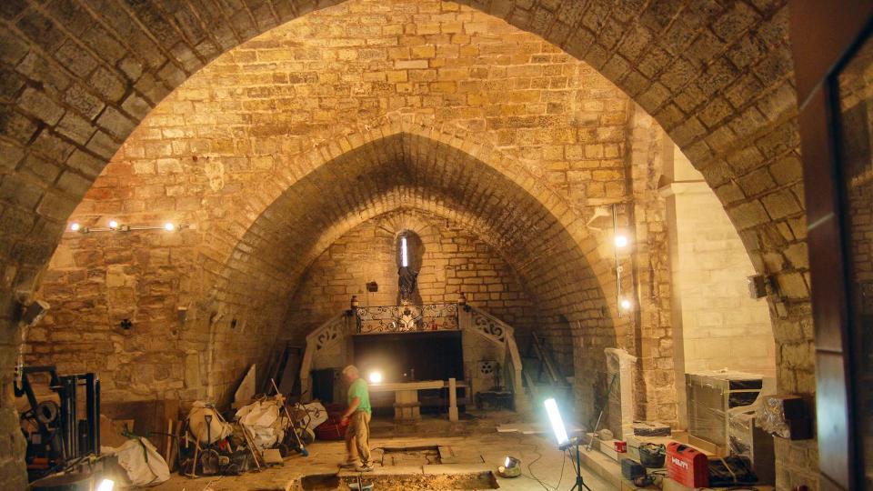 31.08.2016 Església de Sant Miquel en obres  Forès -  Ramon Sunyer