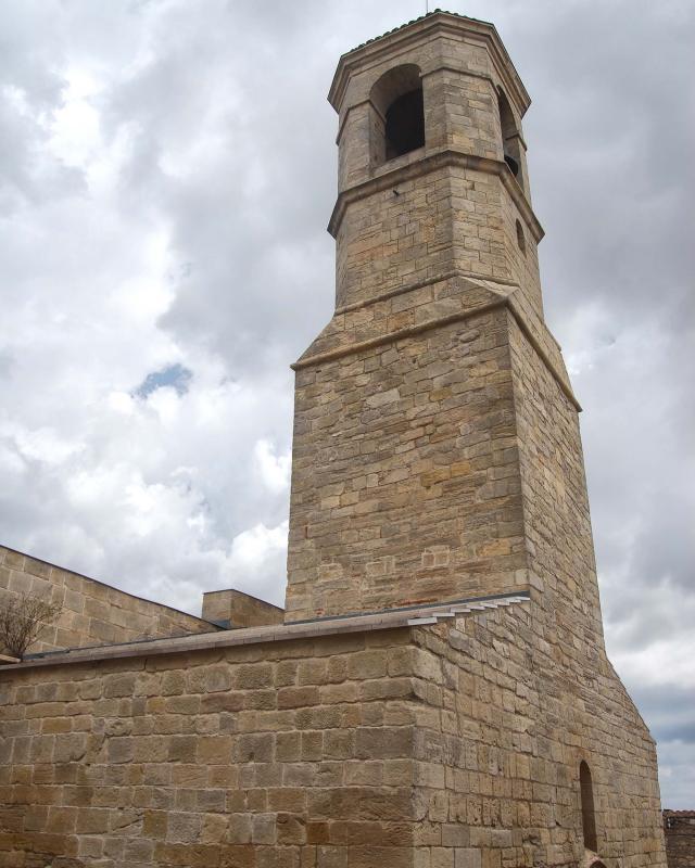 31.08.2016 Església de Sant Miquel campanar  Forès -  Ramon Sunyer