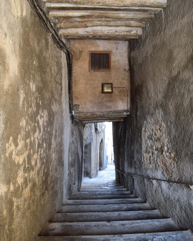 23.10.2016 pas cobert carrer Buida-sacs   Cervera -  Ramon Sunyer