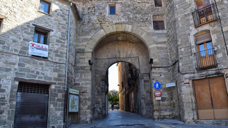 30.10.2016 portal  Santa Coloma de Queralt -  Ramon Sunyer