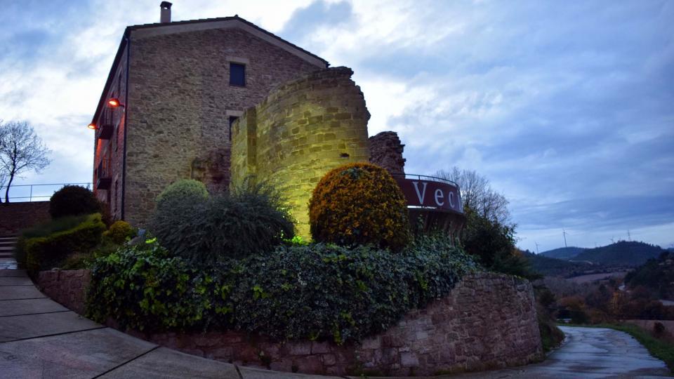 Castell de Veciana - Autor Ramon Sunyer (2016)