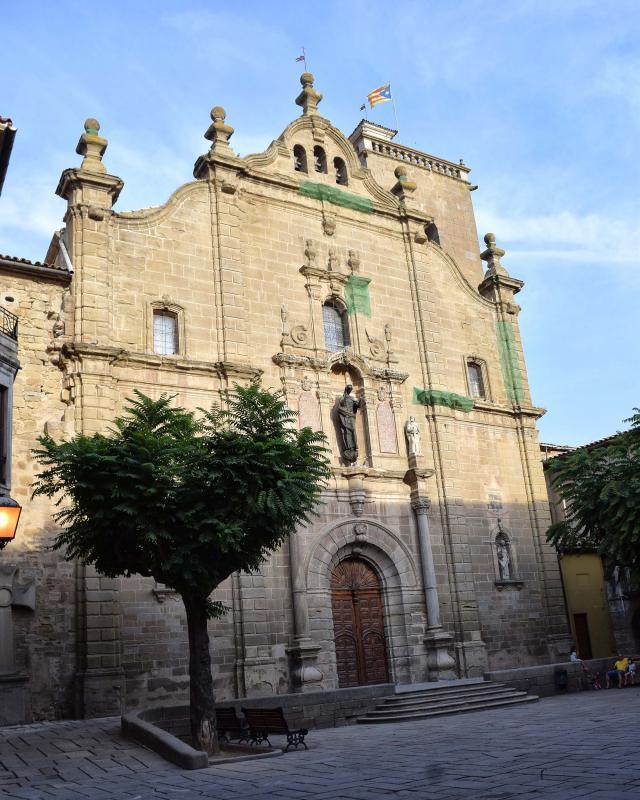 Church of Santa Maria - Author Ramon Sunyer (2017)