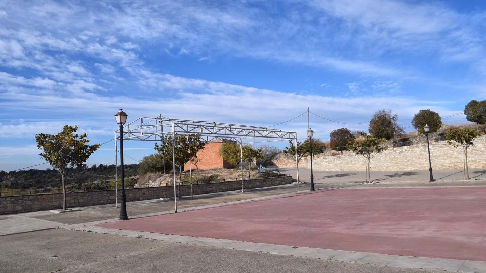 03.12.2017 plaça de les escoles  Montornès de Segarra -  Ramon Sunyer