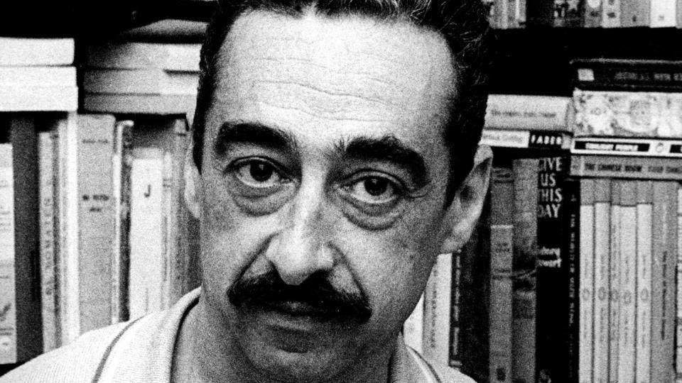 Pedrolo fou considerat sovint un referent i intel·lectual de l'Esquerra Independentista -