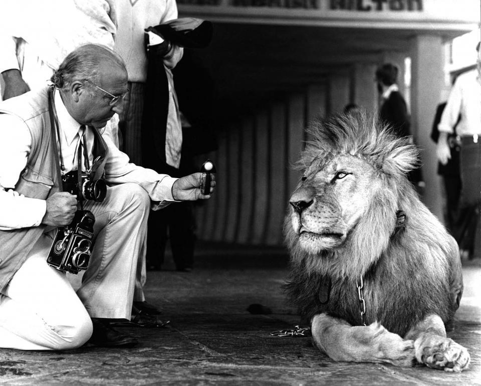 Frederic Gómez Grau durant el rodatge de 'Shaft' a l'Àfrica -