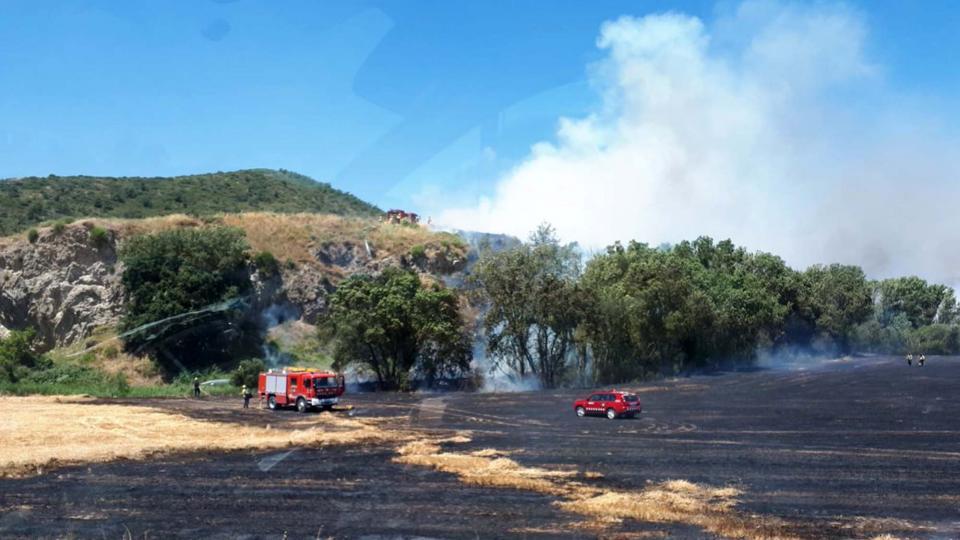 Controlat l'incendi agrícola de Talteüll - Talteüll