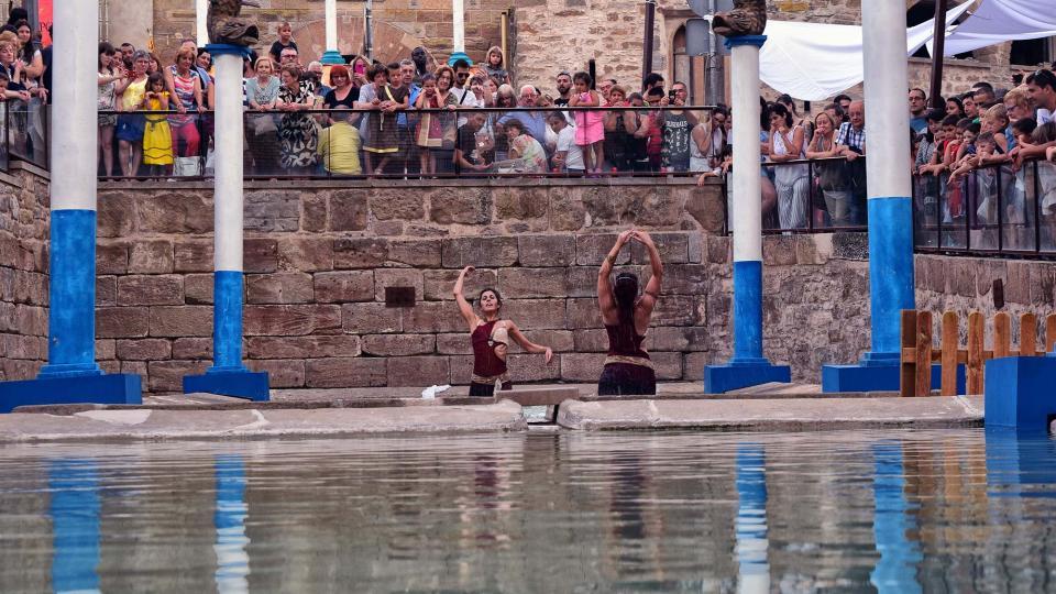 21.07.2018 espectacle de dansa aquàtica a la font  Guissona -  Ramon Sunyer