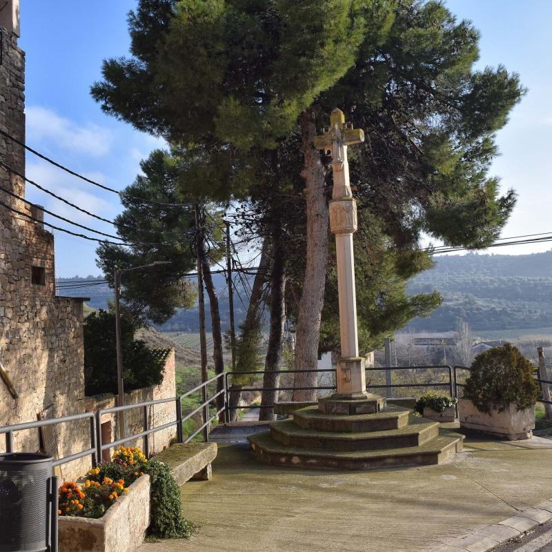 Wayside cross of Sant Martí de Riucorb - Author Ramon Sunyer (2019)