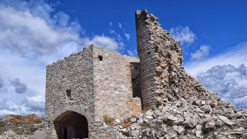 Castle of Alta-riba - Author Ramon Sunyer (2019)