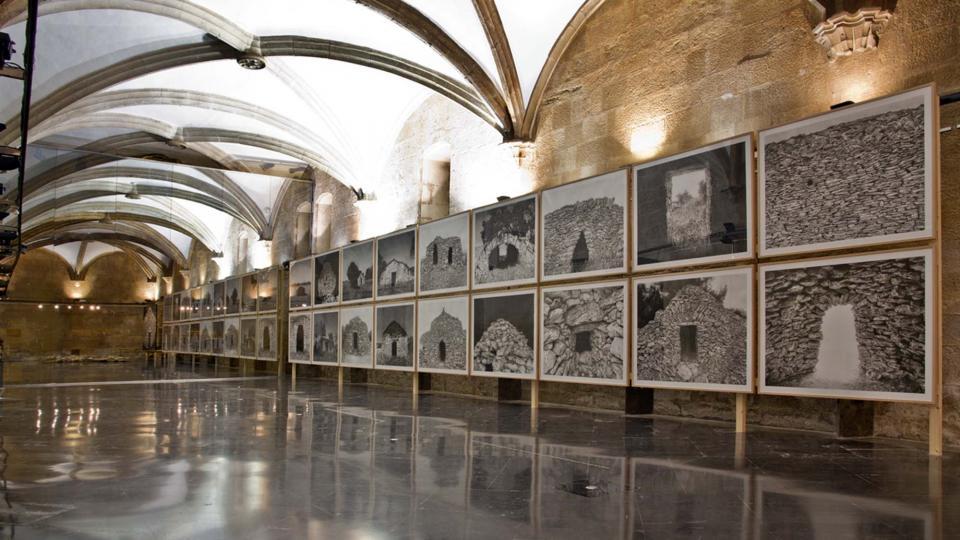 Llindars en el punt immòbil a Institut d'estudis il·lerdencs. Lleida 2015 - Hostafrancs