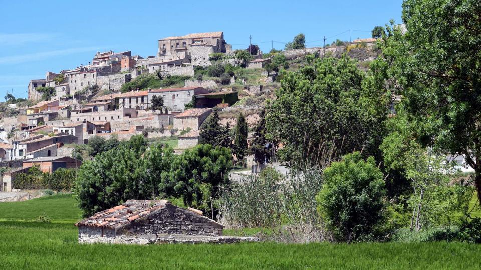 12.05.2019 Vista del poble  Les Oluges -  Ramon Sunyer