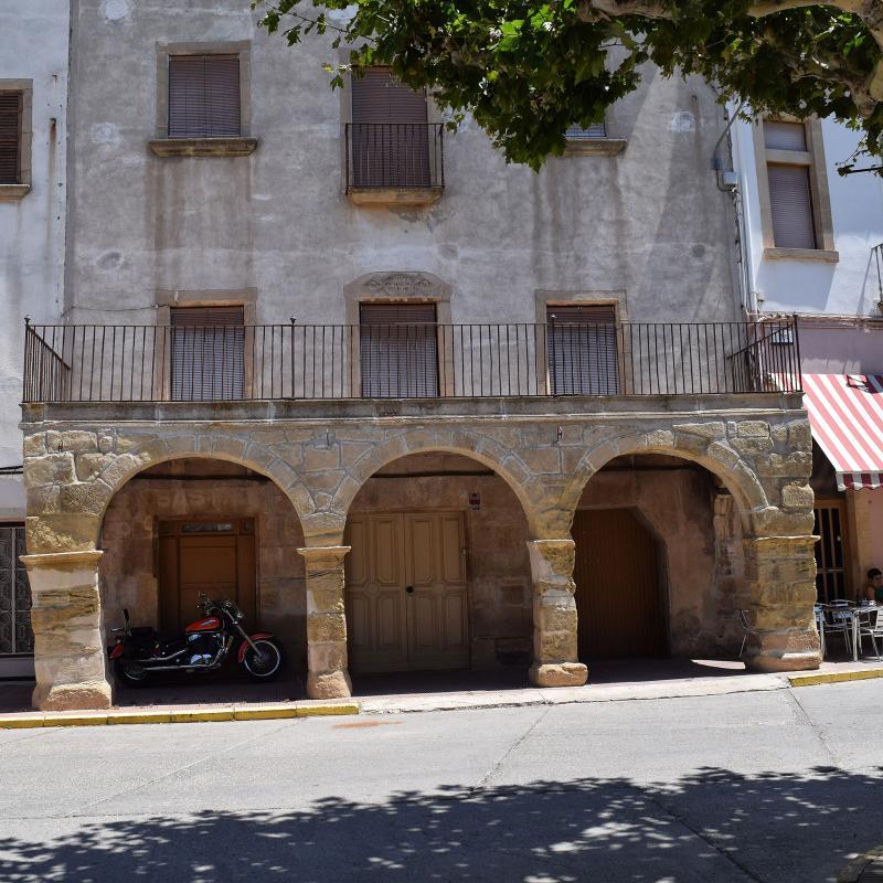 Edificio  Cal Gabarró - Autor Ramon Sunyer (2017)