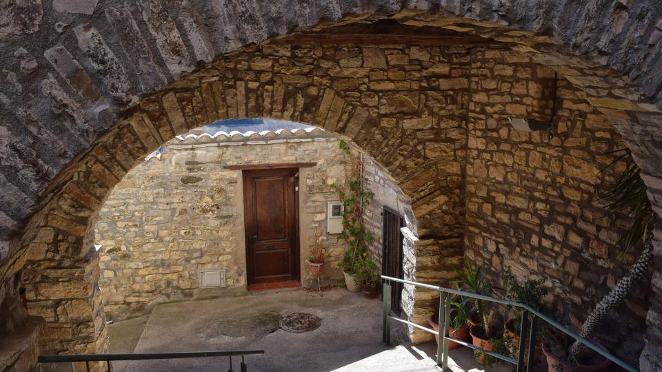 Vila vella Carrers i portal