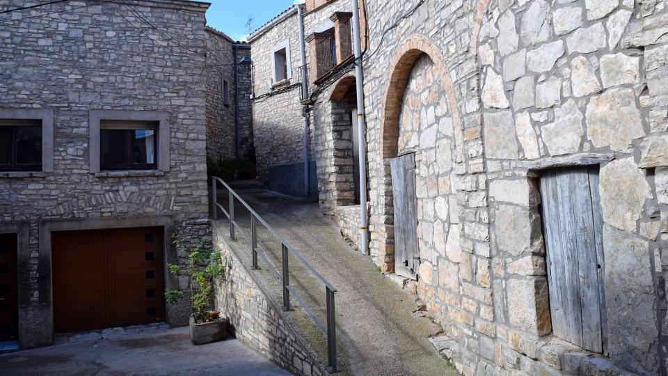 Vieille ville  Carrers i portal - Auteur Ramon Sunyer (2017)