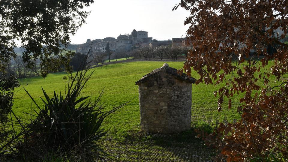 20.02.2021 Vista del poble  La Tallada -  Ramon Sunyer