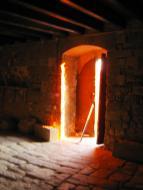 Torrefeta i Florejacs: Posta de sol des de la porta d'entrada al castell de les Sitges  Viatge per Catalunya