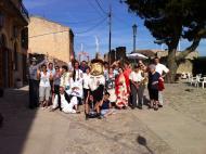 Segura: El veïns de Segura amb el capgros Sant Isidre, patró del poble. Festa Major  Alex Rufí