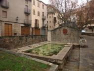 Torà: plaça de la Font (safareigs)  Camins de Sikarra