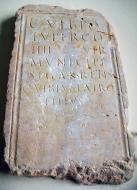 Els Prats de Rei: Làpida de Caius Vibius Lupercus va tenir el càrrec de magistrat del municipi de Sigarra  Lola Lucas