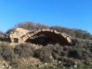 Concabella: Una de les tres pletes de Concabella, situada en un turó ric en patrimoni històric i natural, però fins ara,molt poc valorat i conservat.  Anna Vilaró