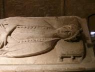 Santa Coloma de Queralt: Tomba de la comtessa  Ramon Sunyer