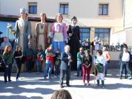 Sedó: Acompanyats per la gegantona Eliardis de Florejacs, els diables Carranquers i els geganters de Cervera, la batucada de Sounddesecà  Ajuntament TiF