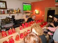 Florejacs: Els pebrots, tunejats, exposats al restaurant La Redolta  Ajuntament TiF