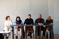Els Prats de Rei: Francesc Duocastella explicant la postura de l'ajuntament  Ramon Sunyer