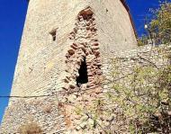Vergós Guerrejat: Detall de la torre parcialment esfondrada