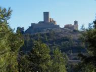 Sant Pere Sallavinera: Castell de Boixadors, situat a l'extrem occidental de la serra de Castelltallat,  Moianès
