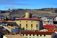 Santa Coloma de Queralt: La torre, de planta circular, és l'únic element romànic del gran palau d'època renaixentista  Angelina Llop