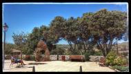 Sant Pere del Vim: detall plaça  Ramon Sunyer