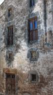 Vicfred: detall façana  Ramon Sunyer