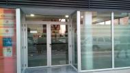 El CDIAP està ubicat als baixos dels pisos Visoren del carrer de Francesc Macià
