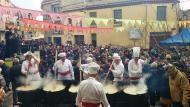 Montmaneu: Preparant les calderes  Ramon Sunyer