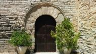 Montpalau: Porta església de  Sant Jaume  Ramon Sunyer