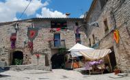 Montfalcó Murallat: plaça major  Ramon Sunyer