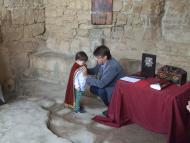 Alta-riba: Nomenament i impossició de la capa de petit Cavaller del castell Sant Miquel d'Alta-riba.  AACSMA