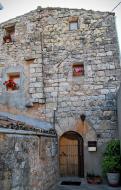 Viladeperdius: casa amb portalada romànica  Ramon Sunyer