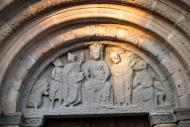 Santa Coloma de Queralt: Santa Maria de Bell-lloc detall frontis  Ramon Sunyer
