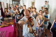 Cervera: Tocant el violí ex Menuhin del 1933  Jordi Prat