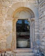 Granyanella: Església de Sant Salvador, porta antiga  Ramon Sunyer