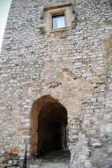 Fonolleres: portal del castell  Ramon Sunyer